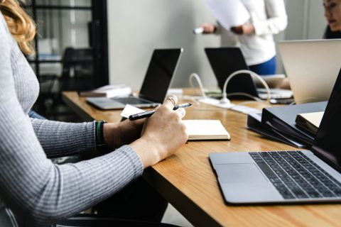 Quelle stratégie de community management adaptée pour votre entreprise